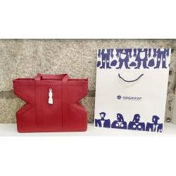 Shopper Figa rojo: detalle bolso y bolsa de presentación
